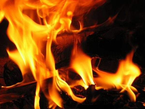 fire-3-1563575-640x480